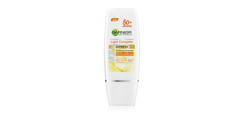Garnier Skin Naturals Light Complete Super UV SPF50+/PA++++ 30g #Naturals Color
