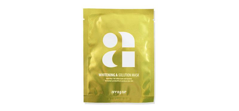 Avajar Whitening A-Solution Mask 25g ผิวดีไม่มีขายถ้าอยากได้ต้องใช้มาสก์! สูตรสำหรับสีผิวไม่สม่ำเสมอ จากเอวาจาร์ อุดมสารสกัดดอกบัว ช่วยลดเลือนจุดด่างดำ ป้องกันรังสีอัลตราไวโอเลต พร้อมปรับสีผิวให้เรียบเนียนแลดูเปล่งปลั่งกระจ่างใสยิ่งขึ้น