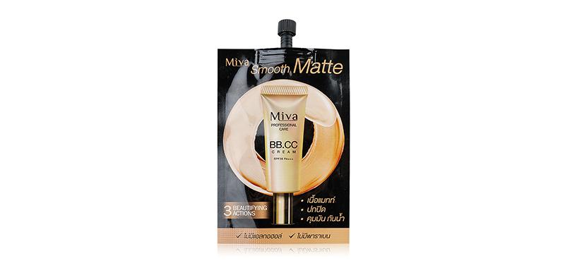 Mivagirl Smooth Matte BB&CC Cream SPF35/PA+++ 7g บีบีและซีซีครีมเนื้อแมทสูตรกันน้ำ กันเหงื่อ จากมิวาเกิร์ล ปกปิดเรียบเนียน ผสานคุณค่าของครีมบำรุงและกันแดดรวมไว้ในซองเดียว เนื้อครีมเกลี่ยง่าย ไม่เป็นคราบ และควบคุมความมัน ช่วยปกปิดจุดบกพร่องบนใบหน้า พร้อมปกป้องผิวจากรังสี UVA&UVB ด้วยค่า SPF35 PA+++