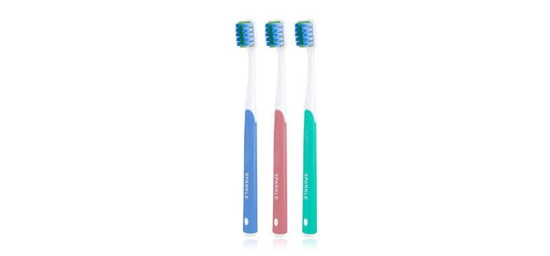 [แพ็คสาม] Sparkle Sensitive Toothbrush [SK0392 x 3pcs] [Random Color]