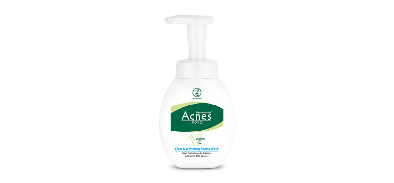 Mentholatum Acnes Clear & Whitening Foamy Wash 150g