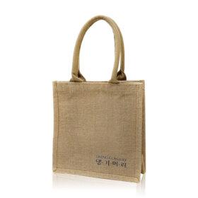 ฟรี! Daeng Gi Meo Ri Shopping Bag (1 ชิ้น / 1 ออเดอร์) เมื่อช้อปสินค้า Daeng Gi Meo Ri ที่ร่วมรายการอย่างน้อย 1 ชิ้น